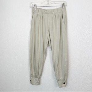 Tillage Clothing Company Crop Pants Large